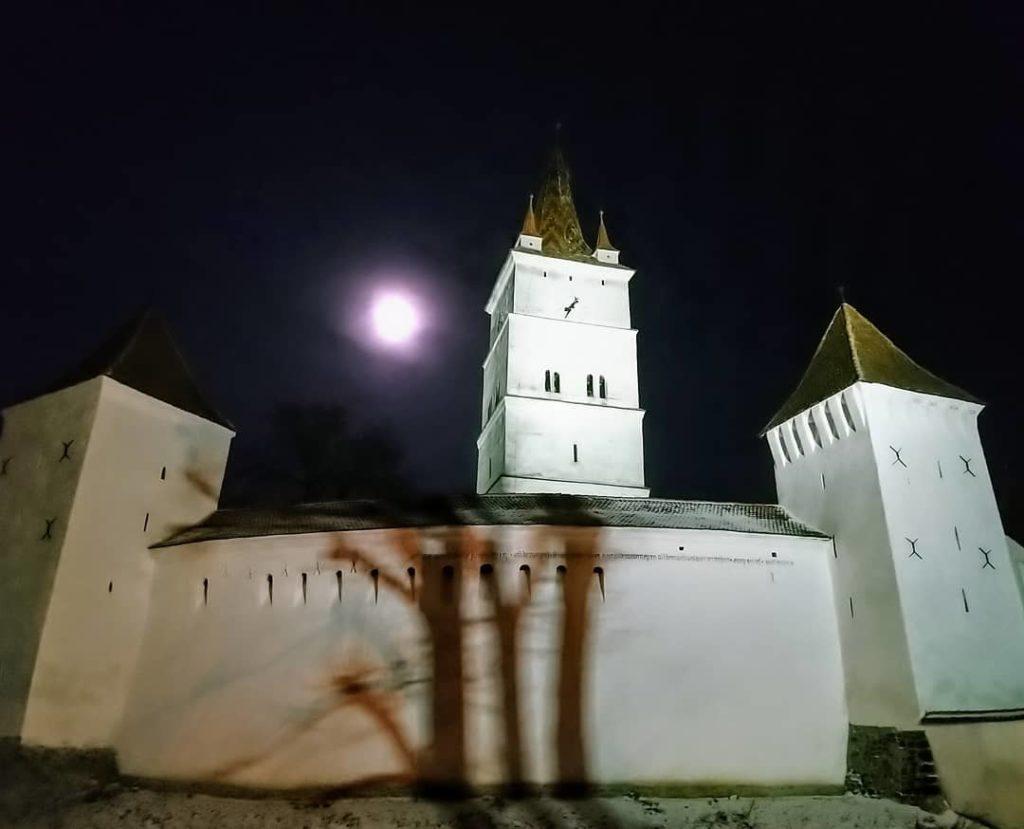 Biserica fortificata harman 2